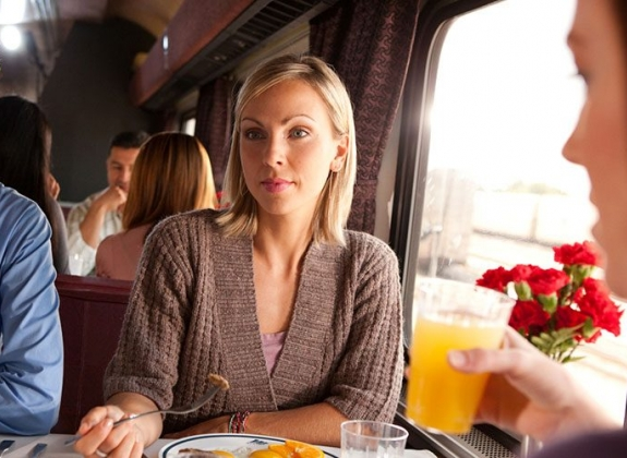 Traditional Dining onboard Amtrak